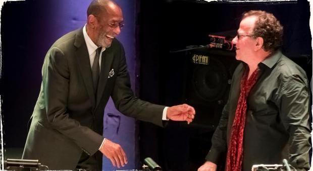 Ateliér Babylon privítal legendy jazzu: Koncert Rona Cartera a Richarda Galliana priniesol hudobnú udalosť roka