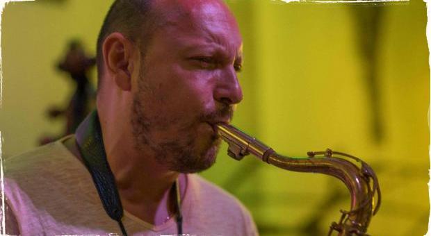 Šiesty ročník festivalu popredného saxofonistu: Gypsy Jazz Festival 2017 Mila Suchomela