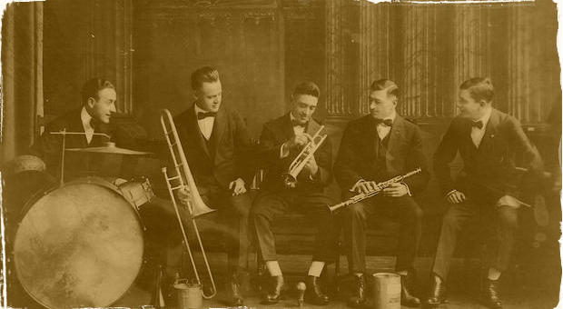 Mestská časť Staré mesto pripravila cyklus zaujímavých prednášok: Venované budú obdobiu jazzu z  prvej polovice minulého storočia