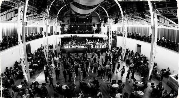 Hot jazzový a swingový orchester rozozvučia bratislavskú Tržnicu: Už tento piatok na Veľkom tanečnom večere