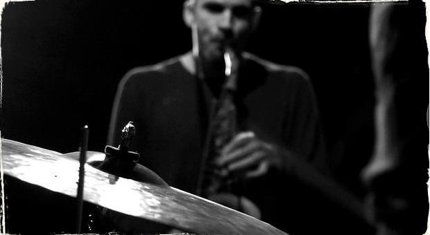 Fúzia maďarského folklóru a jazzu: Tóth Viktor Tercett vystúpi už tento piatok v Bratislave