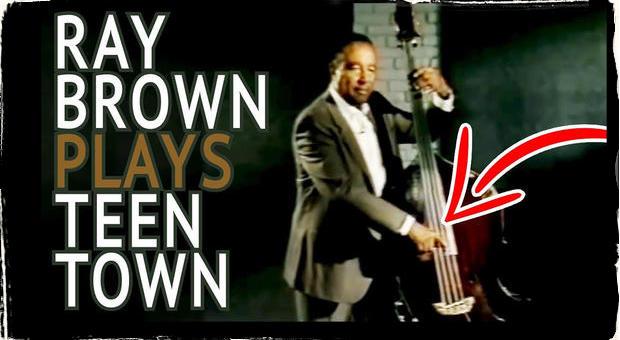 Ray Brown ako ste ho nikdy nezažili: Posmrtne hrá virálne hity modernej hudby