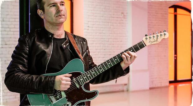 Gitarista Peci Uher vydáva ďalší singel: Zaujímavý zvuk a zmes štýlov v skladbe Riverse