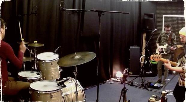 Darkness Positive prichádzajú s novinkou: Skladbu Zahynul prinášajú hneď v dvoch verziách videoklipu