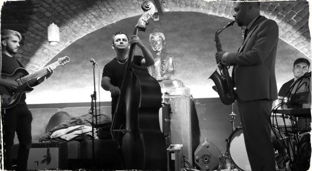 V Nu Spirit Bare znie opäť jazz: Andreas Varady Trio a Radovan Tariška priniesli hudbu plnú virtuóznych pasáží i jemných lyrických chvíľ