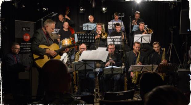 Veľká kapela v malom klube: Matúš Jakabčic CZ-SK Big Band predstavil svoje aktuálne novinky