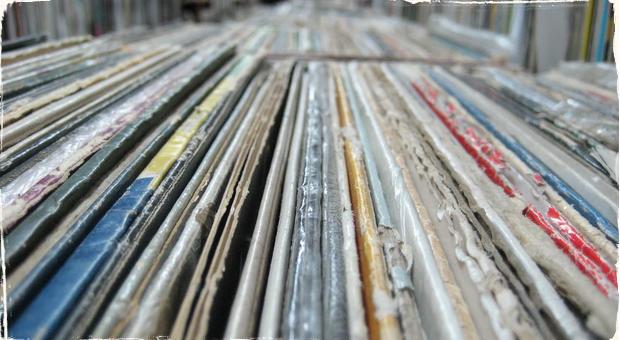 Vinyly sú späť: Renesancia hudby či módna bublina?