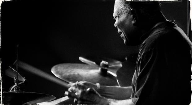 Nestarnúci Billy Hart a jeho poctivý jazz