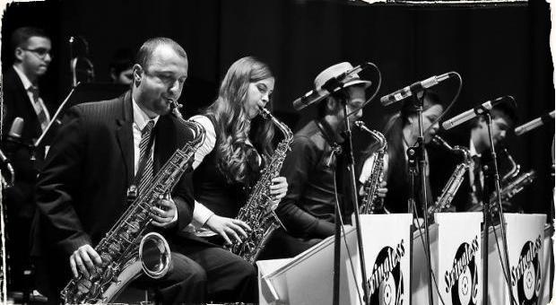 Swingless Jazz Ensemble si do Divadla pozvali hosťa Borisa Čellára