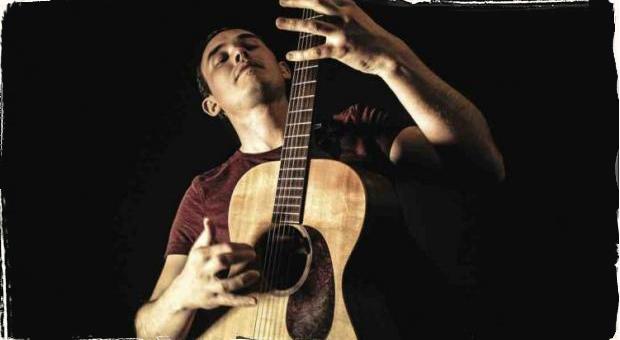 Chris Woods Groove  predstaví na živo svoje Príbehy  pre sólovú gitaru