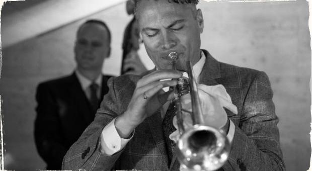Americký trubkár Arenella predstaví tradičný jazz ako interpret a lektor