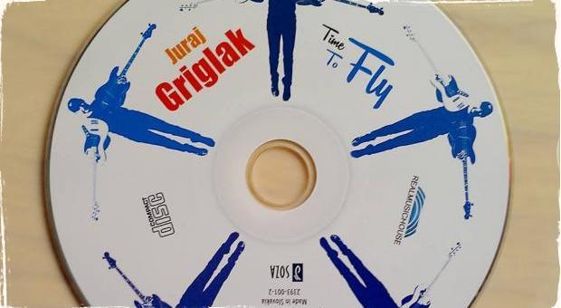 """Recenzia CD: Juraj Griglák a jeho """"čas letieť"""""""