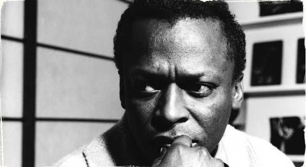 """Čo povedal Miles Davis o albumoch, ktoré mu dali počúvať v """"Blind listening"""" teste"""