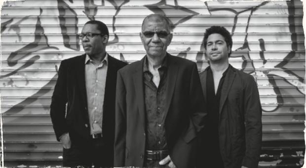 Hral s otcami, teraz hrá so synmi: Jack DeJohnette, Ravi Coltrane a Matthew Garrison vydávajú nový album