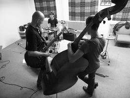 Unknown Artist Trio