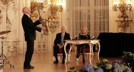 Český jazzman Štěpán Markovič znovu na pódiu s Billem Clintonem