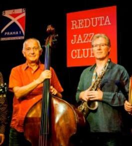 Koncert: FUT & Andy Schofield, Reduta jazz club, 13.2.2018 21:30