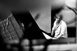 Tribute To A. C. Jobim: Daniel Bulatkin Trio, 10.9.2018 21:30
