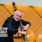 4_1_1_Róbert_Ragan_a_Lazaro_de_Jesús_Hodelin_s_NBS_Trio_UE_Jazz_Festival_BB_2019-0276.jpg