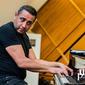 8_1_1_Klaudius_Kováč_a_Lazaro_de_Jesús_Hodelin_s_NBS_Trio_UE_Jazz_Festival_BB_2019-0214.jpg