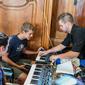 Prihlasovanie na Letný hudobný workshop ,,Za hranice s hudbou'' je otvorené. Mladí hudobníci pripravujú intenzívne online kurzy a koncerty