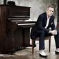 Hugh Laurie 5.jpg