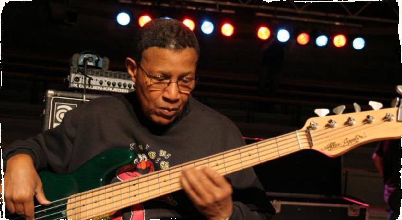 Tento svet opustil ďalší veľký basista: Zomrel Bob Cranshaw (83)