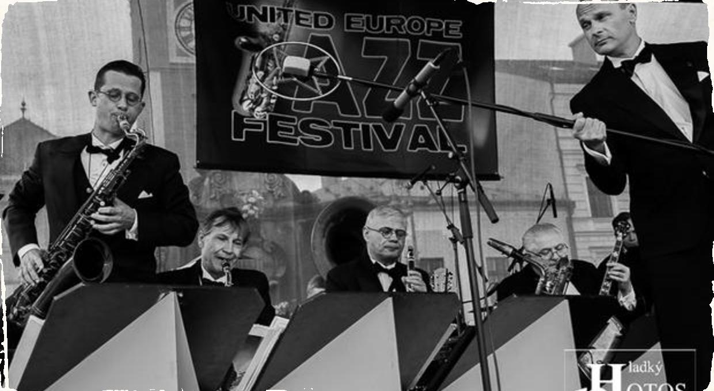 Fotoreportáž: Orchester Bratislava Hot Serenaders uzavrel United Europe Jazz Festival 2019 v Banskej Bystrici