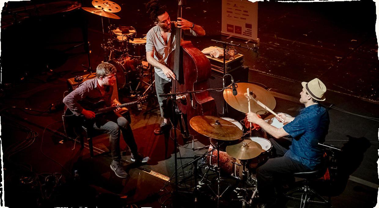 One Day Jazz Festival v DPOH: Ari Hoenig Trio, Ovsepian/Camarda/Valihora a Ľudové Mladistvá