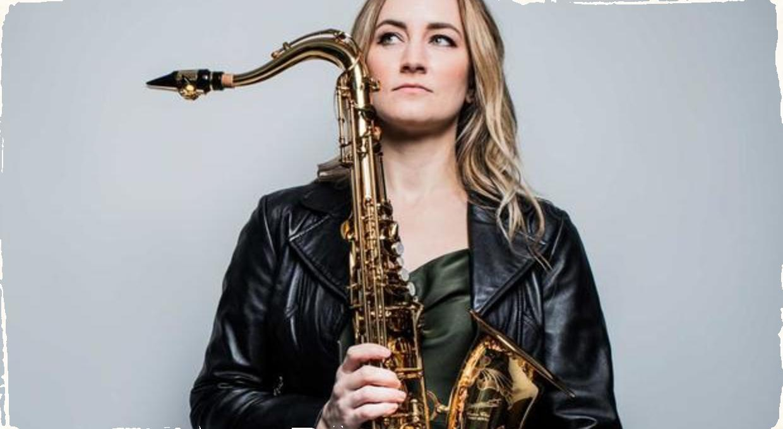 ,,Women in jazz'' predstavuje: Saxofonistka Roxy Coss