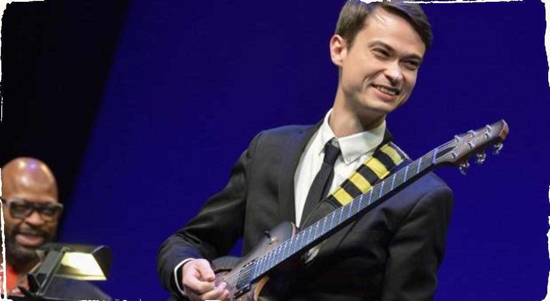 Poznáme víťaza medzinárodnej gitarovej súťaže pod hlavičkou ,,Herbie Hancock Institute of Jazz'': 1. miesto si odniesol mladý ruský virtuóz Evgeny Pobozhiy