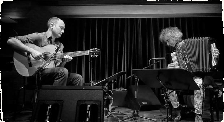Hudobný darček pre milovníkov world music: Akordeonista Jean-Louis Matinier a gitarista Kevin Seddiki vystúpia v Bratislave