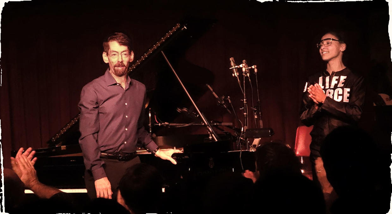 Esperanza Spalding a Fred Hersch vydali spoločný album. Ziskom z neho podporia muzikantov zasiahnutých krízou.
