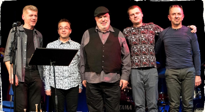 AMC Trio strávi časť septembra na cestách s Randym Breckerom