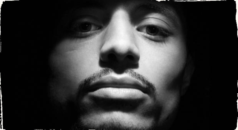 José James sa vracia s piatym albumom