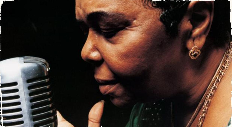Zomrela speváčka Cesária Évora