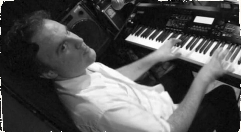 Klavirista Bob Karty spája v najnovšom projekte členov kapiel Oregon a Pat Metheny Group
