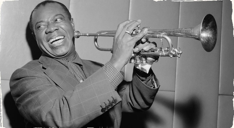 Objavili jediný video záznam Louis Armstronga zo štúdia: Posledné polstoročie strávil pod hromadou vecí v starom sklade