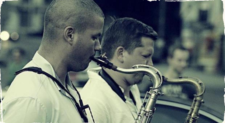 Dvaja saxofonisti vyrážajú na ďalšie originálne turné: Nikolaj Nikitin a Peter Dobai sa predstavia na piatich koncertoch v Írsku